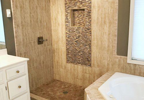 Open Doorless Shower